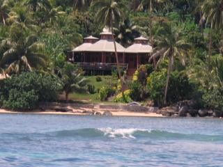Cadra Ni Vula (Rising moon) - Matei vacation rentals