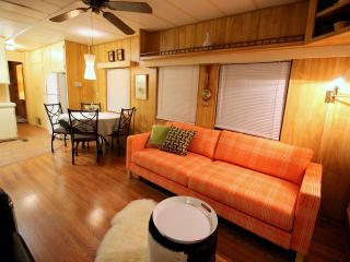 Mod mini house in a natural hot springs resort - Wellfleet vacation rentals