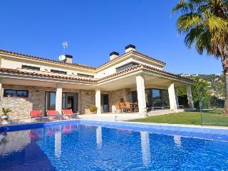 Villa Penelope - Lloret de Mar vacation rentals