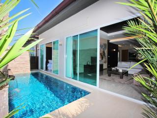 The Ville Pool Villa - 3Bedrooms (B18) - Pattaya vacation rentals