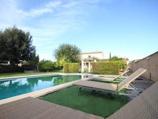 BAIX DE LA VILA - 0461 - Vilafranca de Bonany vacation rentals