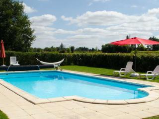 Nice Gite with Internet Access and Satellite Or Cable TV - Brux vacation rentals