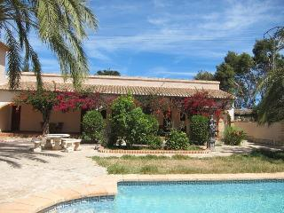 Nice B&B with Internet Access and Dishwasher - Denia vacation rentals