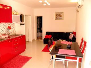 01 Apartment Noa with pool_Funtana_Red Magic - Funtana vacation rentals