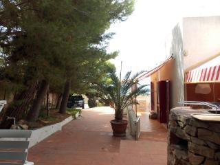 Nice 2 bedroom Torre Vado House with Deck - Torre Vado vacation rentals