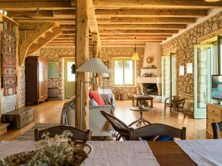 Traditional ecological house with stunning views - Tsoukalades vacation rentals