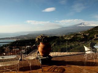 Caruso Luxury Apartament with amazimg sea view - Taormina vacation rentals
