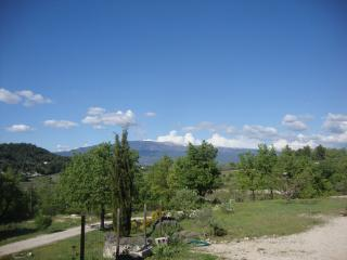 2 bedroom House with Television in Mormoiron - Mormoiron vacation rentals