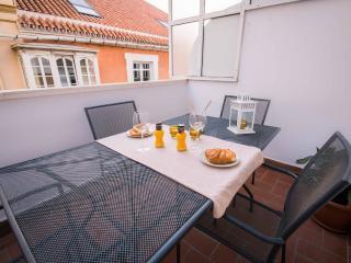 Panaderos atico con terraza-solarium - El Palo vacation rentals