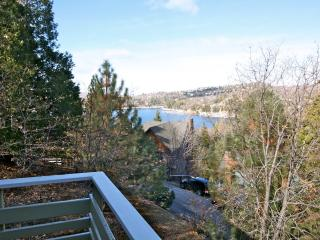 Emerald Lodge - passes to private beach clubs - Lake Arrowhead vacation rentals