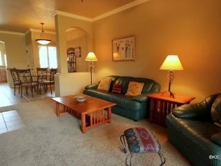 Enjoy this First Floor Condo with Mountain Views at Pinnacle Canyon in the North East Foothills - Arizona vacation rentals
