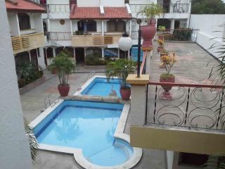 Bright 3 bedroom Santa Marta Villa with Shared Outdoor Pool - Santa Marta vacation rentals