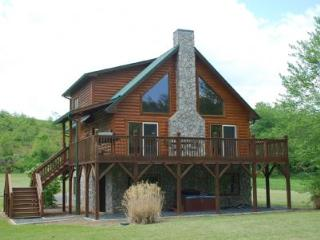 Rushing Waters- Riverfront w/ Hot Tub - Jefferson vacation rentals