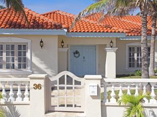 Beachcomber Villa Aruba - Palm/Eagle Beach vacation rentals