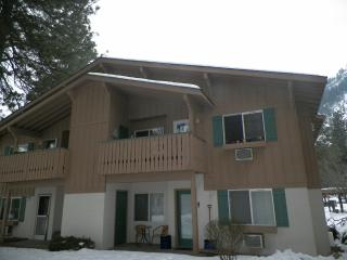 Cozy Condo with Internet Access and Wireless Internet - Leavenworth vacation rentals