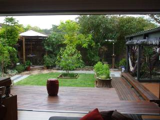 Casa de la Playa - Mollymook vacation rentals