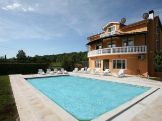 apartmani 1 šeherzada - Pjescana Uvala vacation rentals
