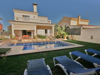 Perfect family house - el Toro ( puerto Adriano ) - El Toro vacation rentals