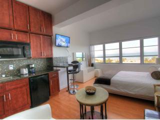 Shelborne 711 Studio South Beach-Miami Beach HL - Miami Beach vacation rentals