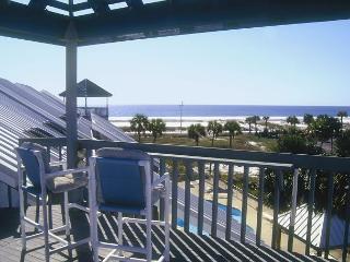 Great one-bedroom/two-bath La Bahia Condo! - Pensacola Beach vacation rentals