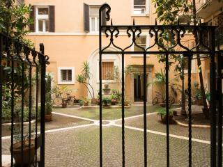 Family Apartment in Central Rome - Rome vacation rentals