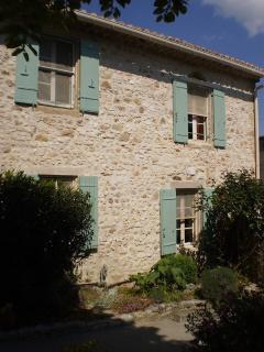 Convenient House with Internet Access and Dishwasher - Garrigues-Sainte-Eulalie vacation rentals