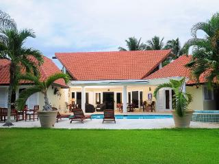 Almendros Villa III, Casa de Campo, La Romana, D.R - La Romana vacation rentals
