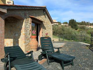 Costa degli Etruschi, rustico a 10 km dal mare - Guardistallo vacation rentals