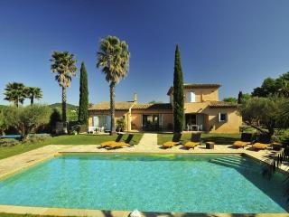 St Tropez 6 Bedroom Villa on a Vineyard heatedpool - Ramatuelle vacation rentals