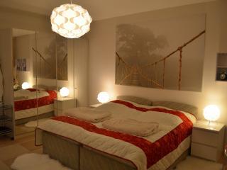 Moderne 4-Zimmer-Ferienwohnung - Würzburg vacation rentals