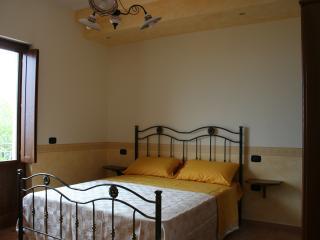 Nice 8 bedroom Laureana Cilento Resort with Internet Access - Laureana Cilento vacation rentals