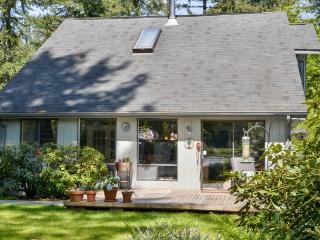 Olympia Waterfront Artful Bed and Breakfast B&B - Olympia vacation rentals