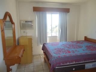 Apto de frente p/mar Bombas-Bombinhas - Bombinhas vacation rentals