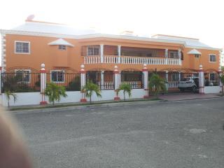 BERMUDEZ - Santo Domingo vacation rentals