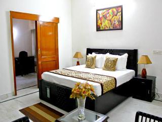 1 Bedroom Service Apartment Gurgaon - Gurgaon vacation rentals