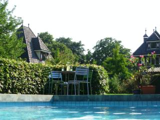 Guest HouseTaverne, Roermond Outlet 15 min drive. - Limburg vacation rentals