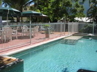Cozy 2 bedroom Vacation Rental in Port Douglas - Port Douglas vacation rentals