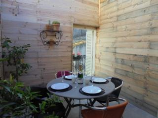 NEWLY RENOVATED HOUSE IN THE HEART OF MARSEILLAN - Marseillan vacation rentals
