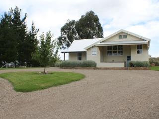 Moruya Country Retreat - Moruya vacation rentals