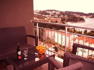 Deluxe apartment - balcony/sunset views - Cavtat vacation rentals
