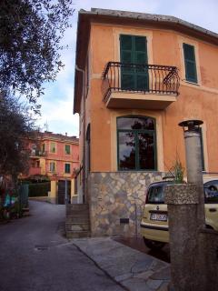 Grandmother's house...friendships in the kitchen - San Lorenzo della Costa vacation rentals