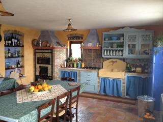 La Rosa Rossa - Appartamento Gambo Verde - Sciacca vacation rentals