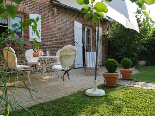 Lovely 2 bedroom Gite in Cleres - Cleres vacation rentals