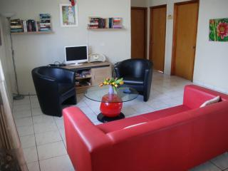 Nice Bungalow with Internet Access and Balcony - Oranjestad vacation rentals