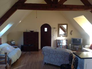 Bright 2 bedroom Vacation Rental in Melrand - Melrand vacation rentals