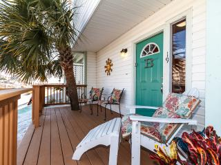 """""""19 GulfBreeze Court"""" Townhome close to the Jetties, Snorkel and Fishing Paradise!! - Destin vacation rentals"""