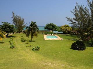 3 Bedroom Beach Apt. Miramar - Ocho Rios vacation rentals