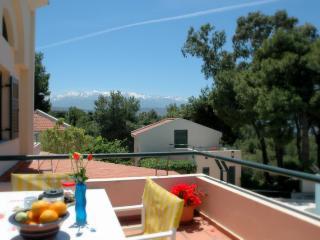 Beautiful 1 bedroom Condo in Chania - Chania vacation rentals