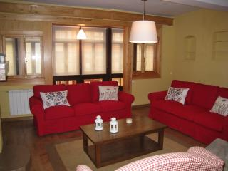 Bright House with Satellite Or Cable TV and Television - Llanes vacation rentals
