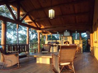 Beautiful 5 bedroom Jarabacoa Lodge with Satellite Or Cable TV - Jarabacoa vacation rentals